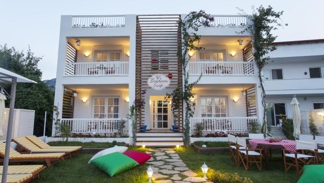 Badem Çiçeği Butik Otel; Selimiye'de keyifli butik tatilin adresi